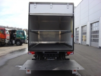 Промтоварный фургон MAN TGL 12.180 + гидроборт